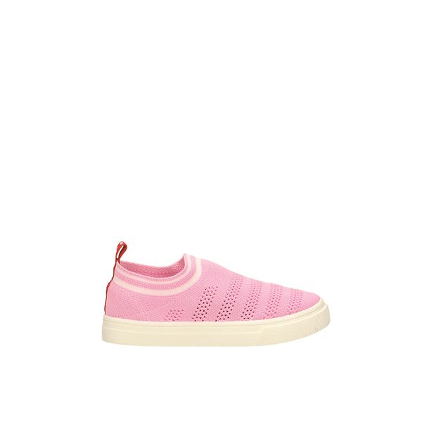 GC010A-151 Slip On Pink